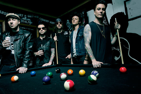 Avenged Sevenfold - Hail to the King pre-stream